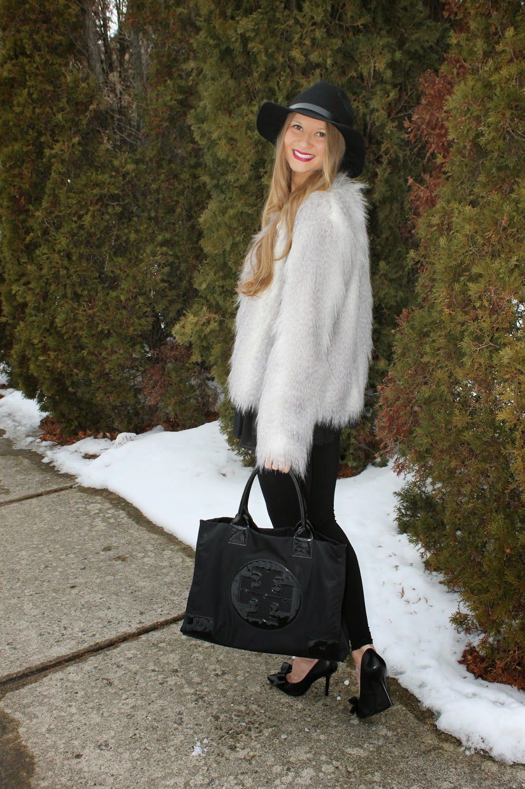 Sweets and Style Just Right: winter style black + fur