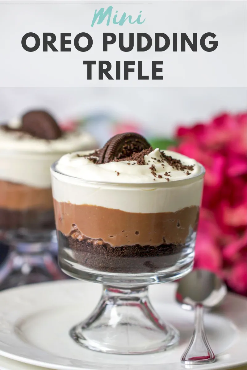 Mini Oreo Pudding Trifle Is The Easiest And Most Delicious Valentines Day Dessert With Homemade Chocolate Pudding Oreo Co Oreo Pudding Trifle Pudding Desserts