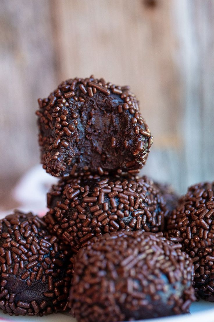 My Favourite Chocolate Bourbon oder Rum Ball Rezept Vorbereitungszeit 30 Minuten Kuchen backen ... -