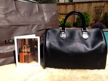 e458b29ed819e Louis Vuitton 100% Speedy 30 Epi Handle Black Tote Bag. Get one of the  hottest styles of the season! The Louis Vuitton 100% Speedy 30 Epi Handle  Black Tote ...