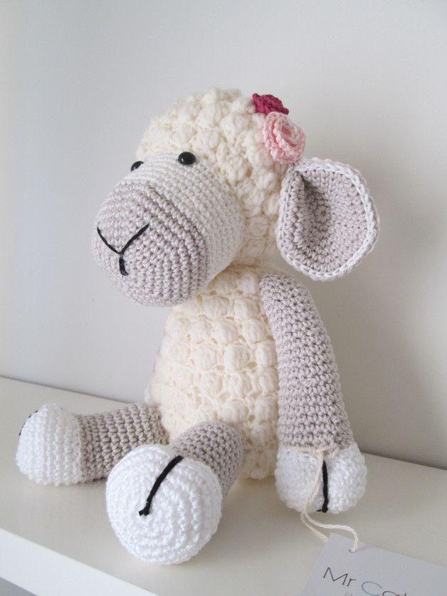 Muñeco amigurumi oveja de crochet - hecho a mano en DaWanda.es ...