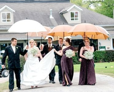 Wedding Umbrellas Click Here Golf Umbrella Umbrella Wedding Wedding Rainy Wedding