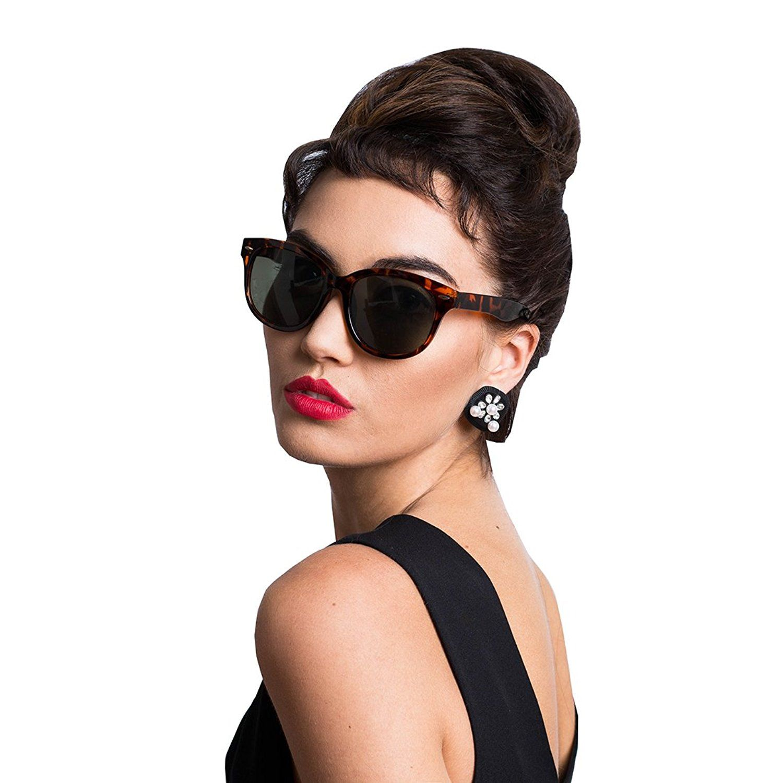 Amazon.com: Audrey Hepburn Breakfast at Tiffany's ...