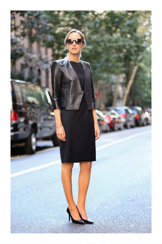 90738b2f5dbc ¿Zapatos  estos son los seis pares básicos  TiZKKAmoda  vestido  negro   dress  black  blazer  zapatillas  look  formal
