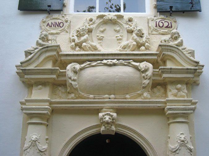 Bruntenhof Utrecht. Portal of 1621.