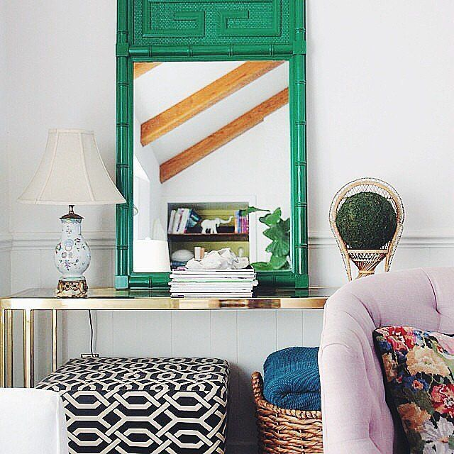 Gentil 10 Sneaky Ways To Make A Small Space Look Bigger | @The Everygirl
