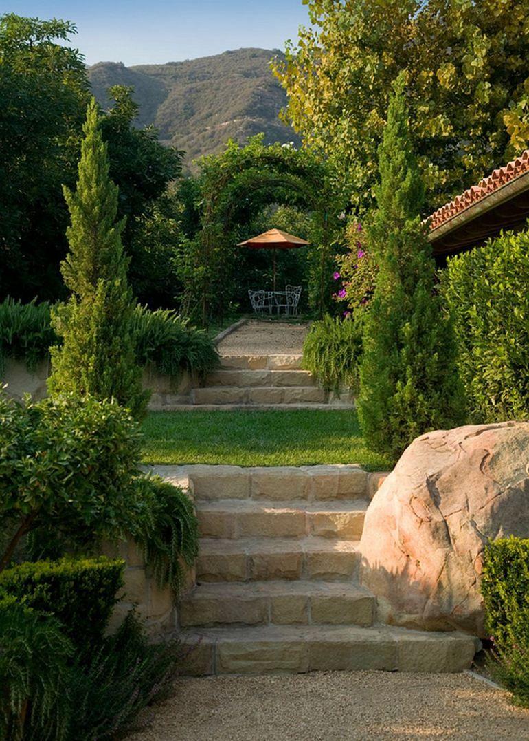 Aer romantic într-o superbă casă cu grădină în stil ...
