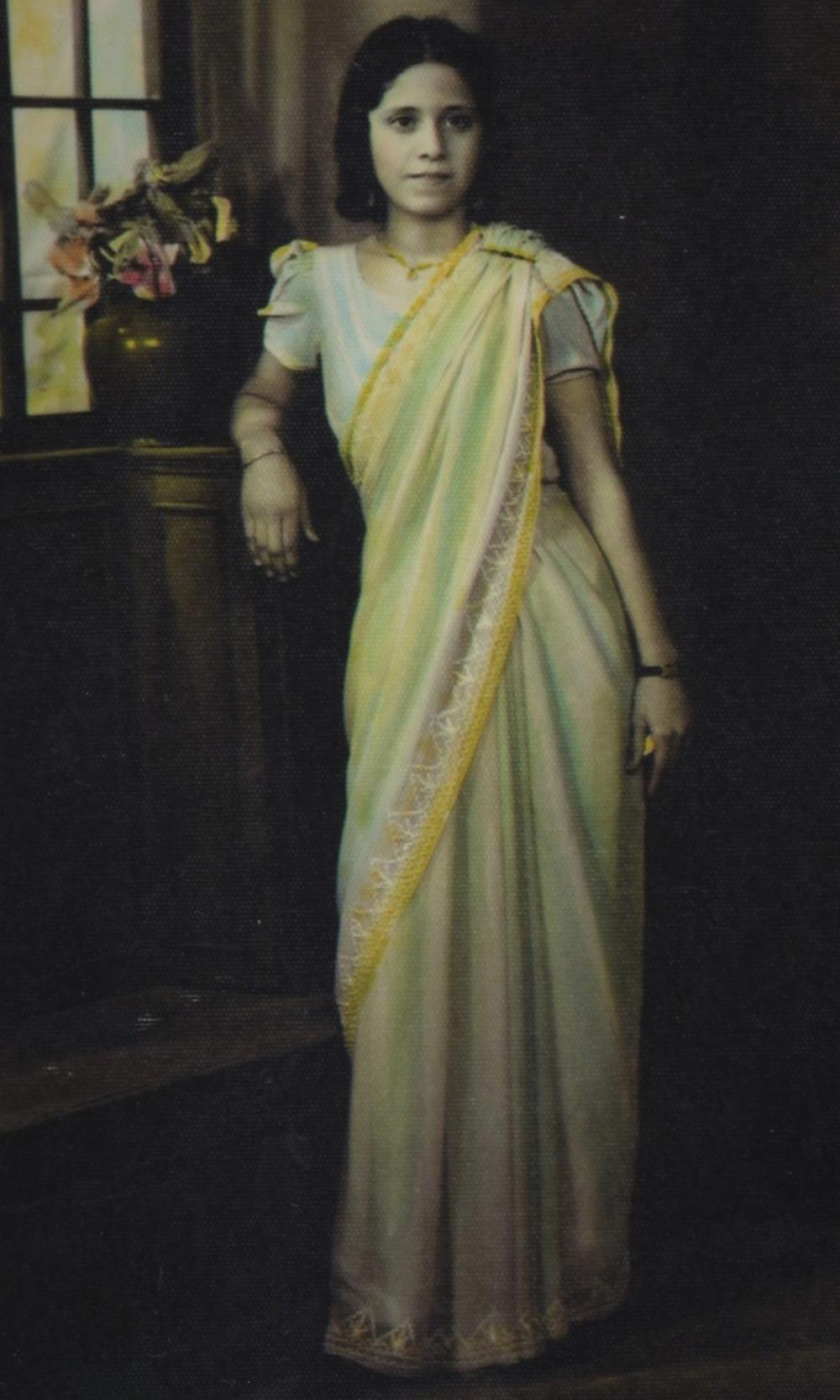 Young Jewish Woman In Bombay 1940 1948 Zvia Vintage Indian Clothing Jewish Women Historical Fashion Fashion