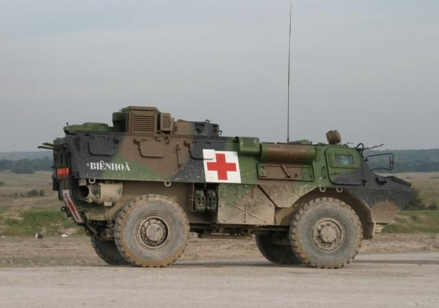 vab 4x4 sanitaire french military vehicles pinterest militaires arm e et vehicule. Black Bedroom Furniture Sets. Home Design Ideas