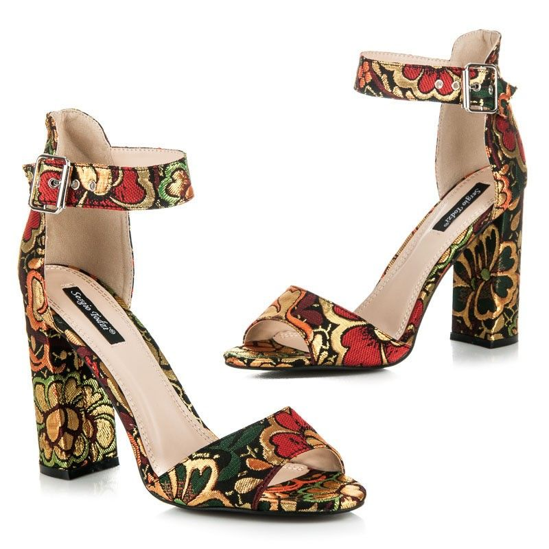 Farebné sandále s kvetmi HP38R