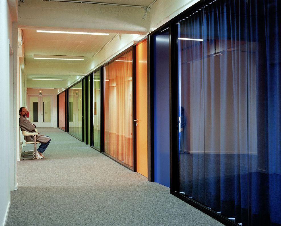 kleurkantoorgebouw META