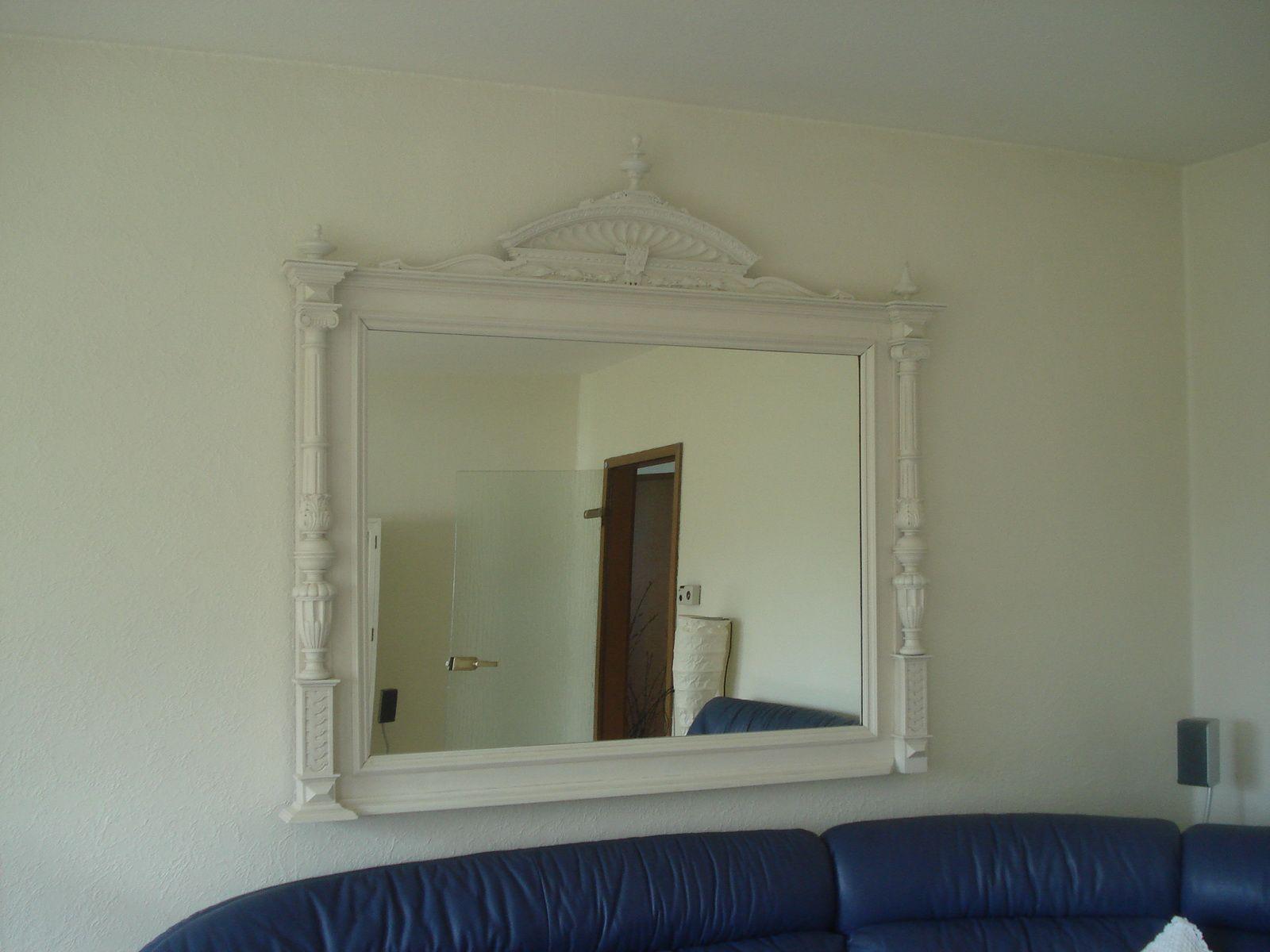 spiegel rahmen im shabby look bauanleitung zum selber. Black Bedroom Furniture Sets. Home Design Ideas