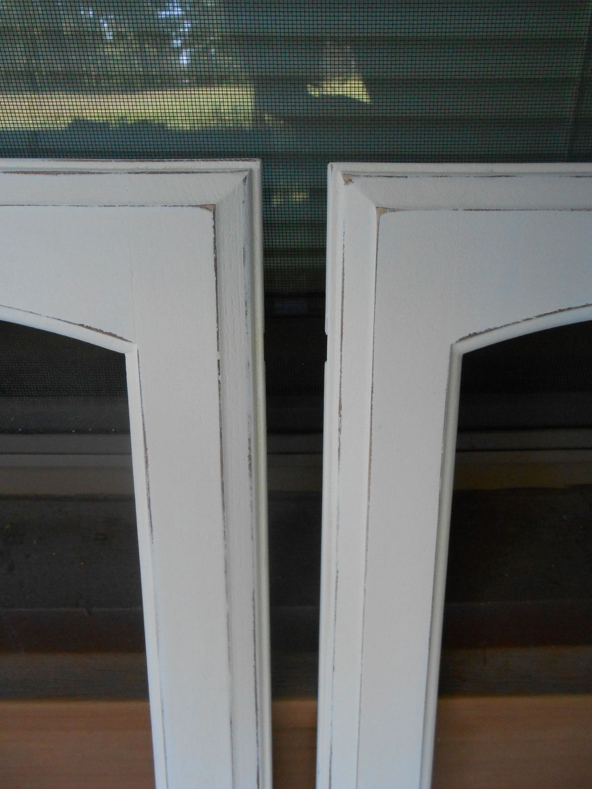 Painting Oak Kitchen Cabinetry with Chalk Paint (doors)