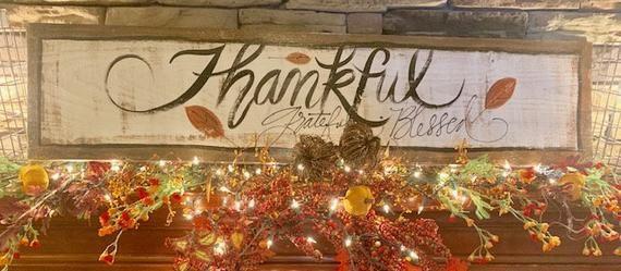 Thankful Sign, Grateful, Blessed, Farmhouse Fall, Autumn, Fall Decor, Mantle Decoration, Fall Leaves #fallmantledecor