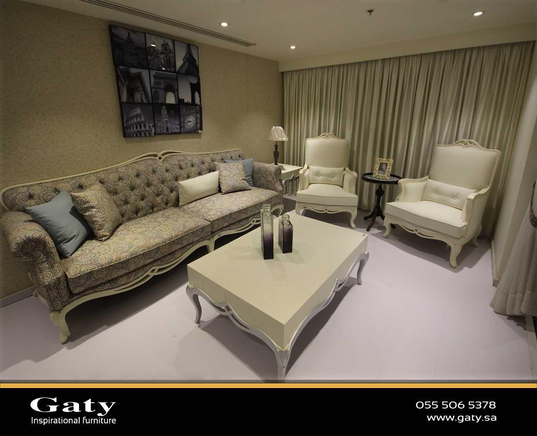 معلومات عن الاإعلان جاتي للاثاث والديكورات والتصميم الرياض العليا الفرع الثاني الحمرا الفرع الثالث الدوادمي تلفون العليا Home Decor Sectional Couch Home