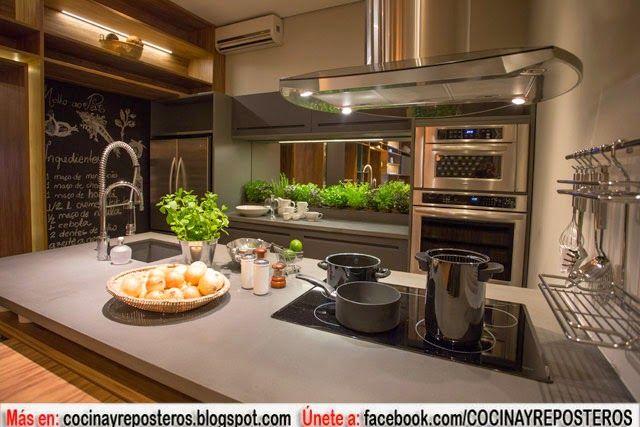 Cocina Amueblada De Madera Con Muebles Multiuso Decoracion De