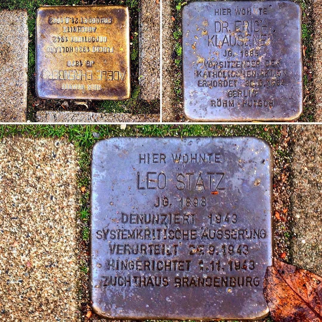 """Stolpersteine auf unseren Straßen - mir fällt immer wieder der Text von George Santayana ein :""""Wer sich nicht an die Vergangenheit erinnert ist dazu verdammt sie zu wiederholen."""" #düsseldorf #Geschichte #duesseldorf #bilk #urban"""