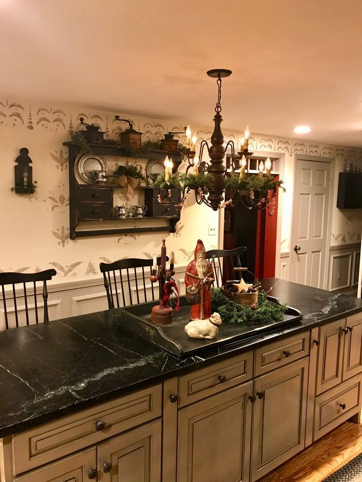 Pretty Primitive Kitchen Notice The Nice Stenciling On The Walls Like The Cabinet Color And Chandelier Too Country Kitchen Kitchen Decor Beautiful Kitchens