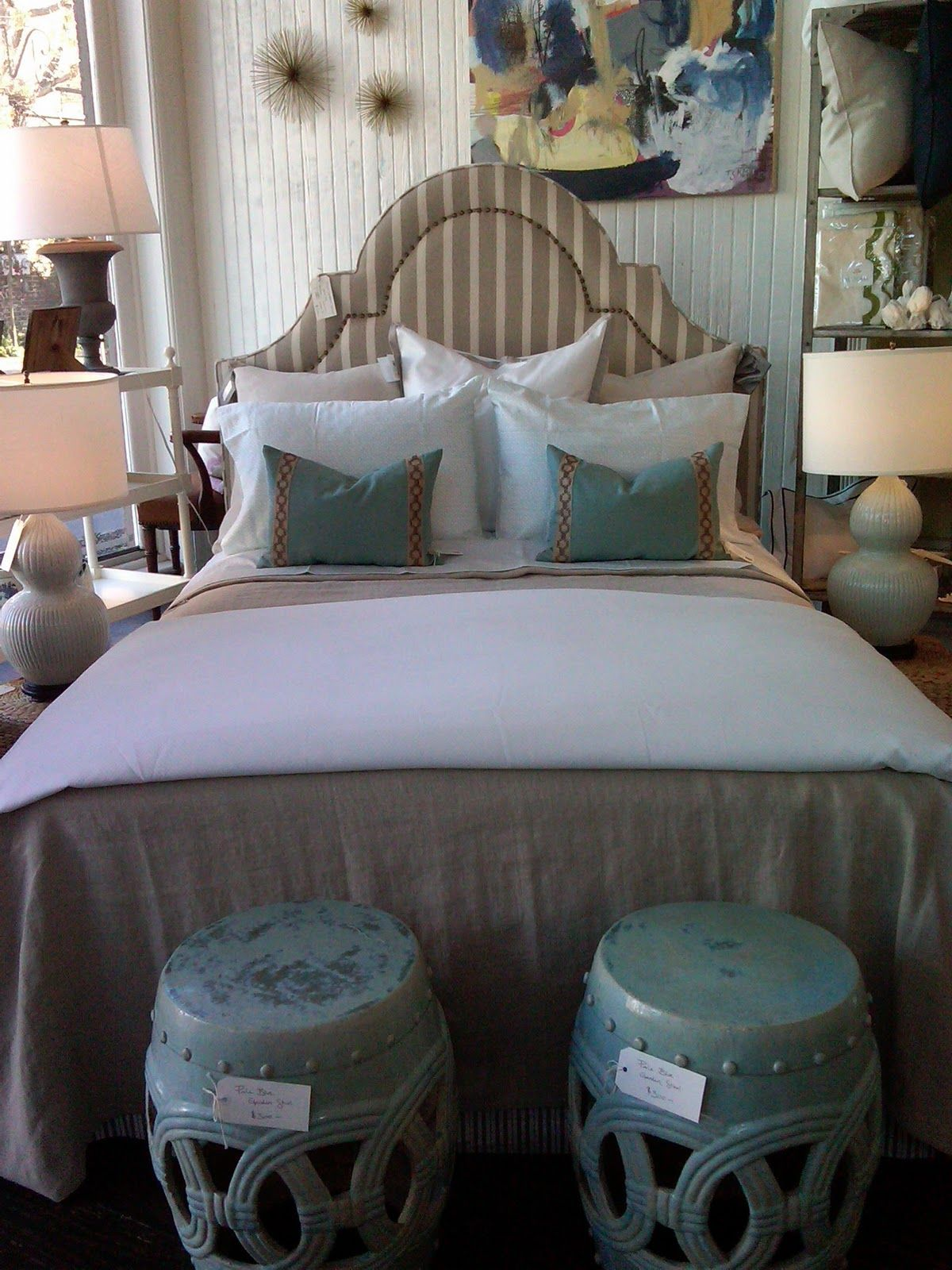 Best Love The Stools At The End Of The Bed Master Suite 400 x 300