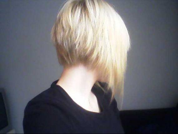 ado un carre plongeant un carre cheveux frises voici le