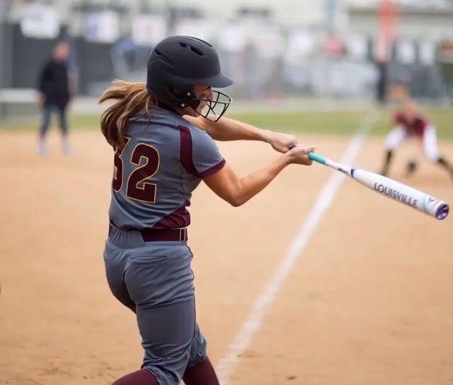 Swing Away With A Louisville Slugger Fastpitch Softball Bat And Buy Yours Today With Free Shipping At Just Louisville Slugger Fastpitch Softball Bats Fastpitch