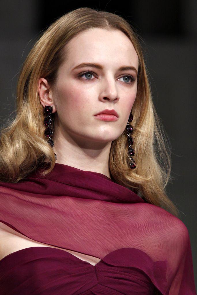 Oscar de la Renta Otoño 2011 Ready-to-Wear Presentación Colección de Style.com