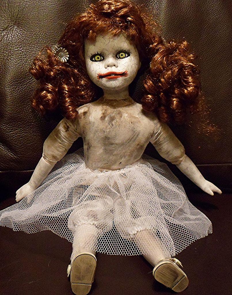 Creepy Horror Halloween Porcelain Doll