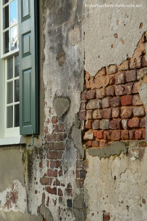 A Charleston Stroll Charleston Painted Brick Walls Brick And Stone