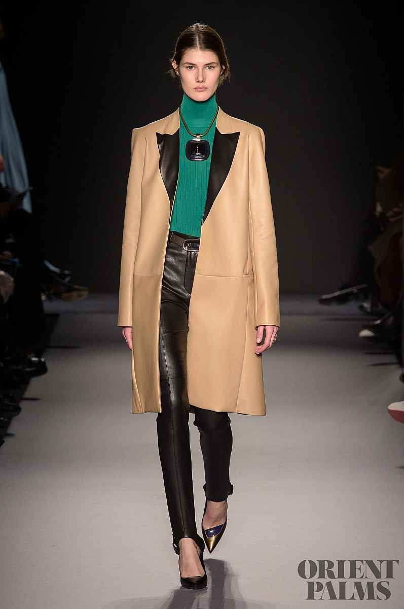 Discussion on this topic: Lanvin Fall 2019 RTW: First Runway Show , lanvin-fall-2019-rtw-first-runway-show/