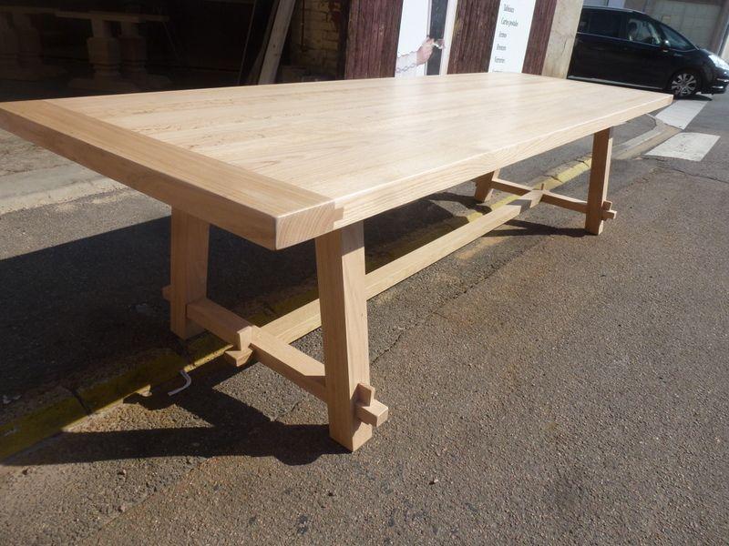 table de ferme design moderne en chene