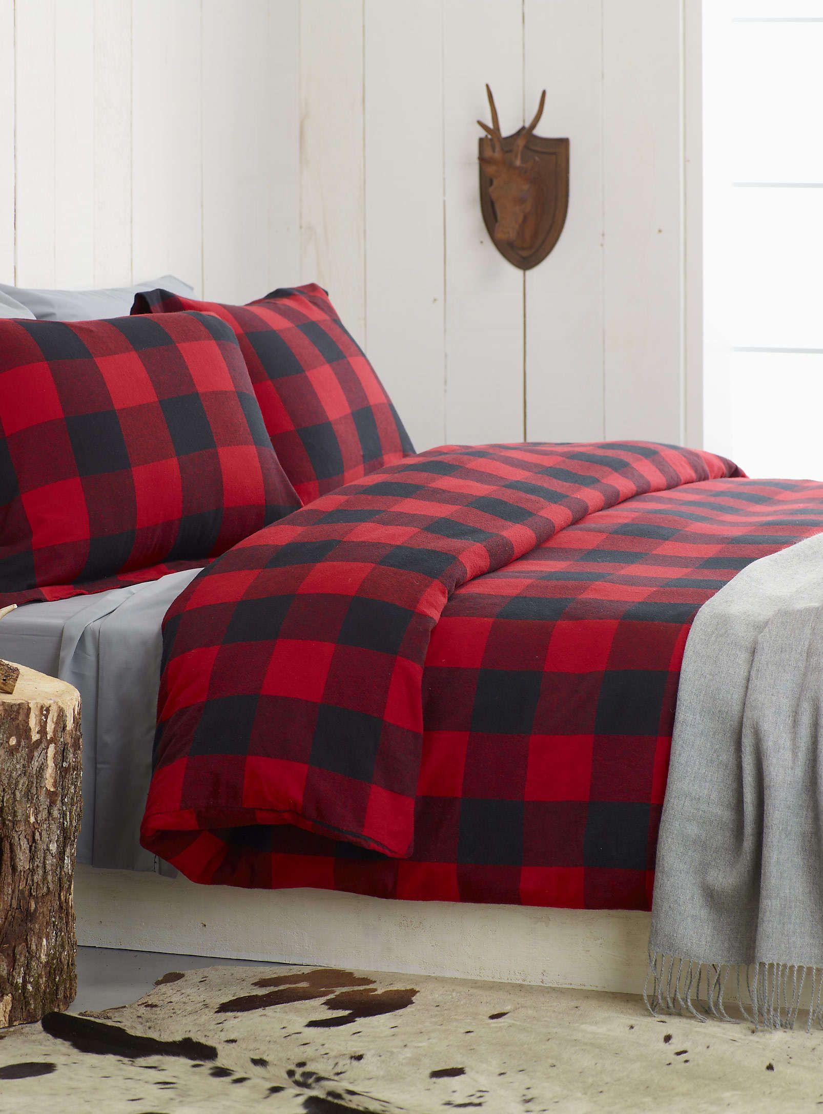 Red flannel sheets  Luensemble housse finette carreaux Buffalo  Simons  Love Tartan