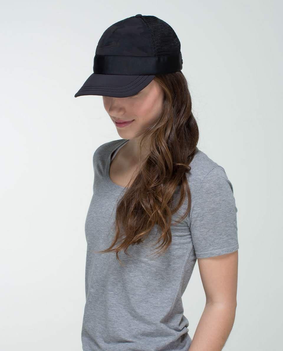 Lululemon Whatsup Hat Savasana Black Camo