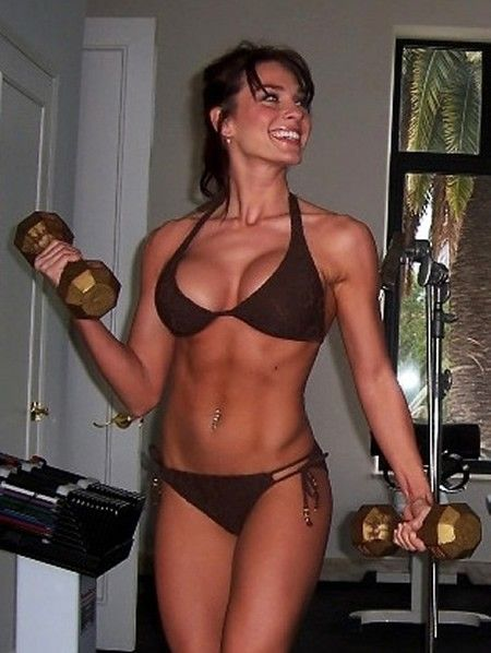 Fitness milf pumped at the gym