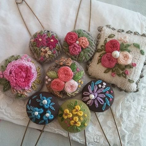 #Embroidery#stitch#needlework #프랑스자수#일산프랑스자수#자수 #예쁜 자수핀으로 멋내기~