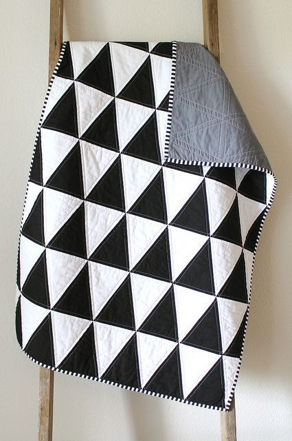 B w isosceles triangles simple black and white quilt