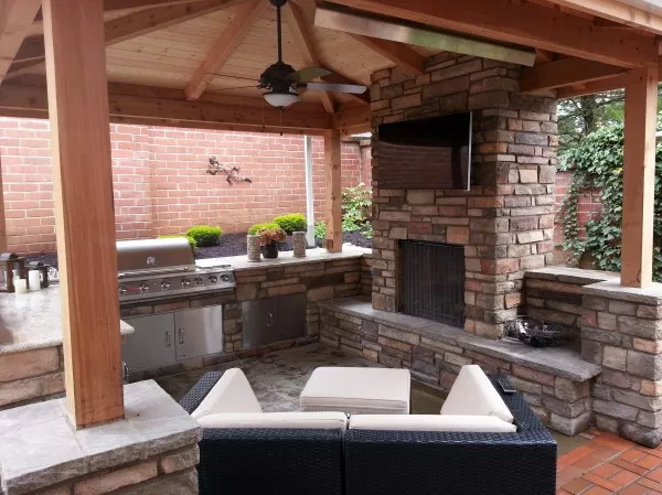 Just Basic Example Of Added Outdoor Fireplace With Tv Over It When Pc Was Looking For Cost Covered Outdoor Kitchens Kitchen Fireplace Outdoor Kitchen