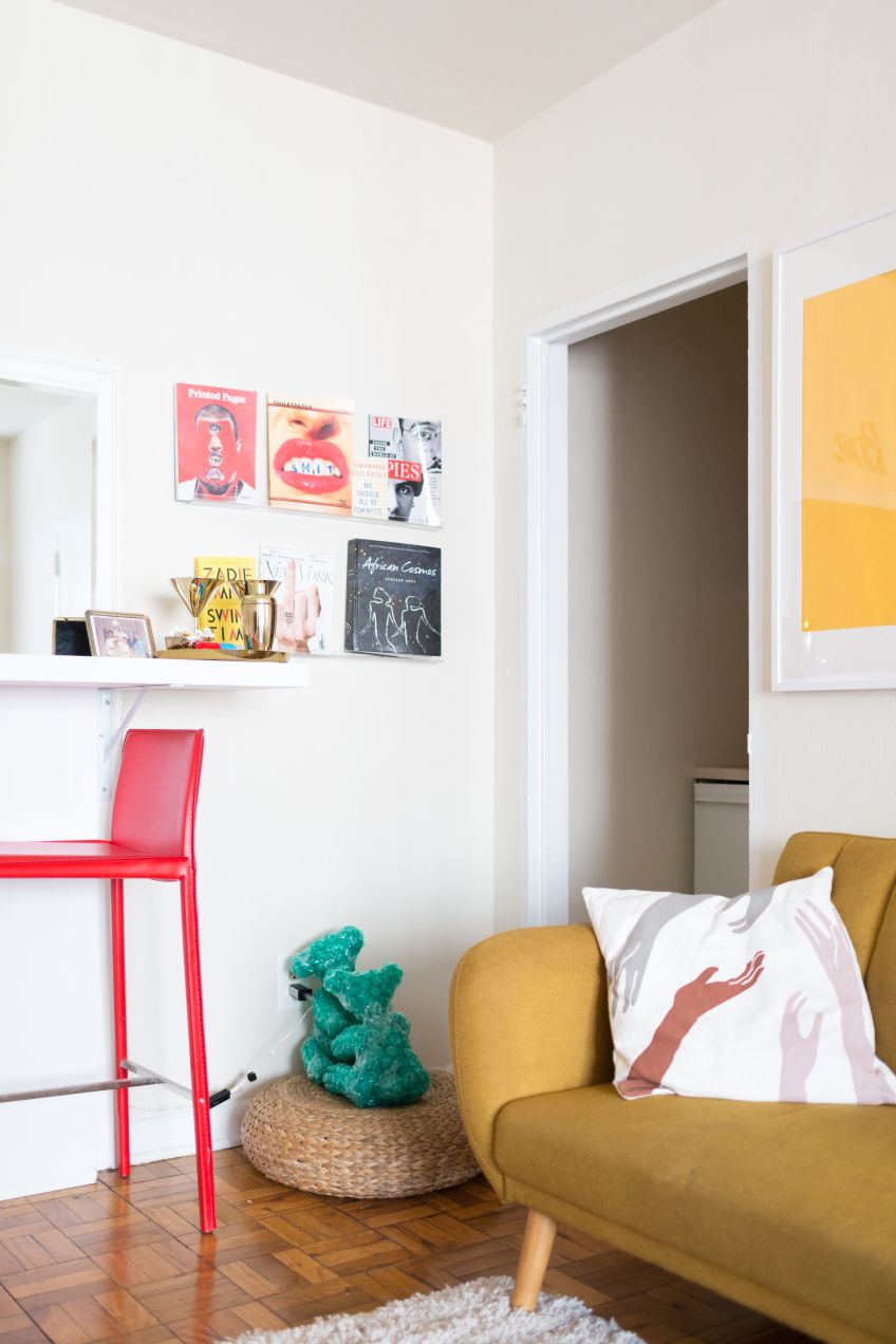 If youre looking for pop art interior design ideas look no further than this d c home of an andy warhol fangirl