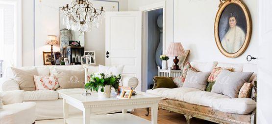 Sfeervol en intiem: de woonkamer romantisch inrichten http://bit.ly/1L9ek2Y #wellnessnl #Home, #Romantisch, #Woonkamer