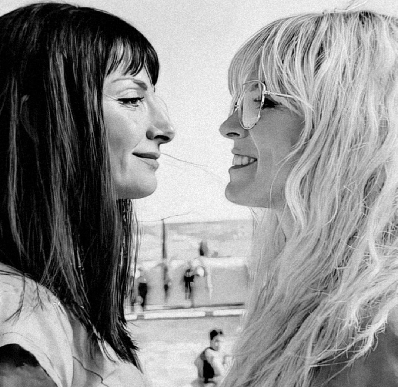 Tumblr Te Permite Expresarte Libremente Descubrir Cosas Que No Sabías Sobre Ti Y Conocer A Otras Personas Qu Cute Lesbian Couples Girl Pictures Aesthetic Girl