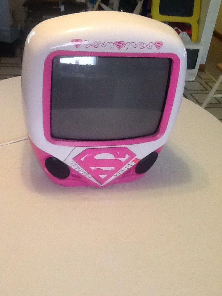 """Supergirl 13"""" Color Tv/dvd Combo Model Ksu745g"""