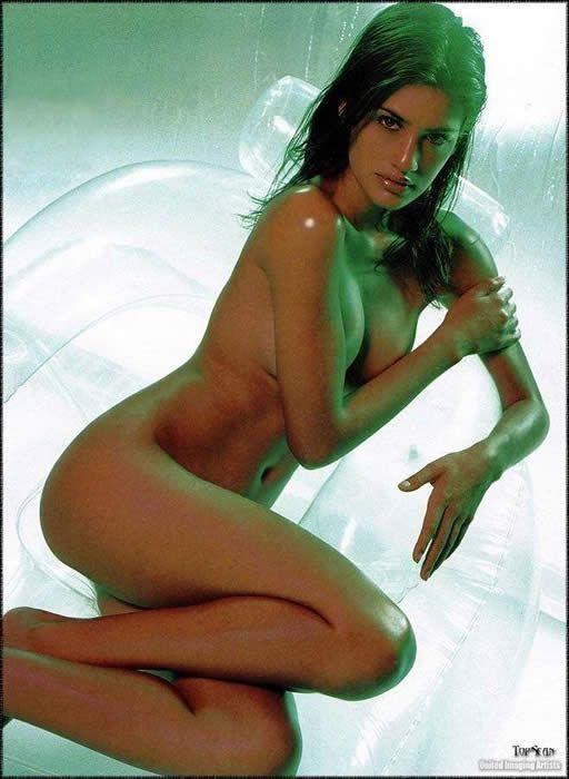 Sexy nude women in rainforest
