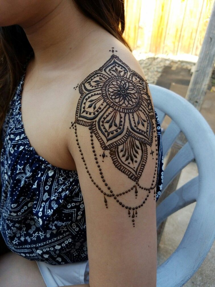 Beautiful Henna Hennabyeizelle Henna Tattoo Henna Tattoo