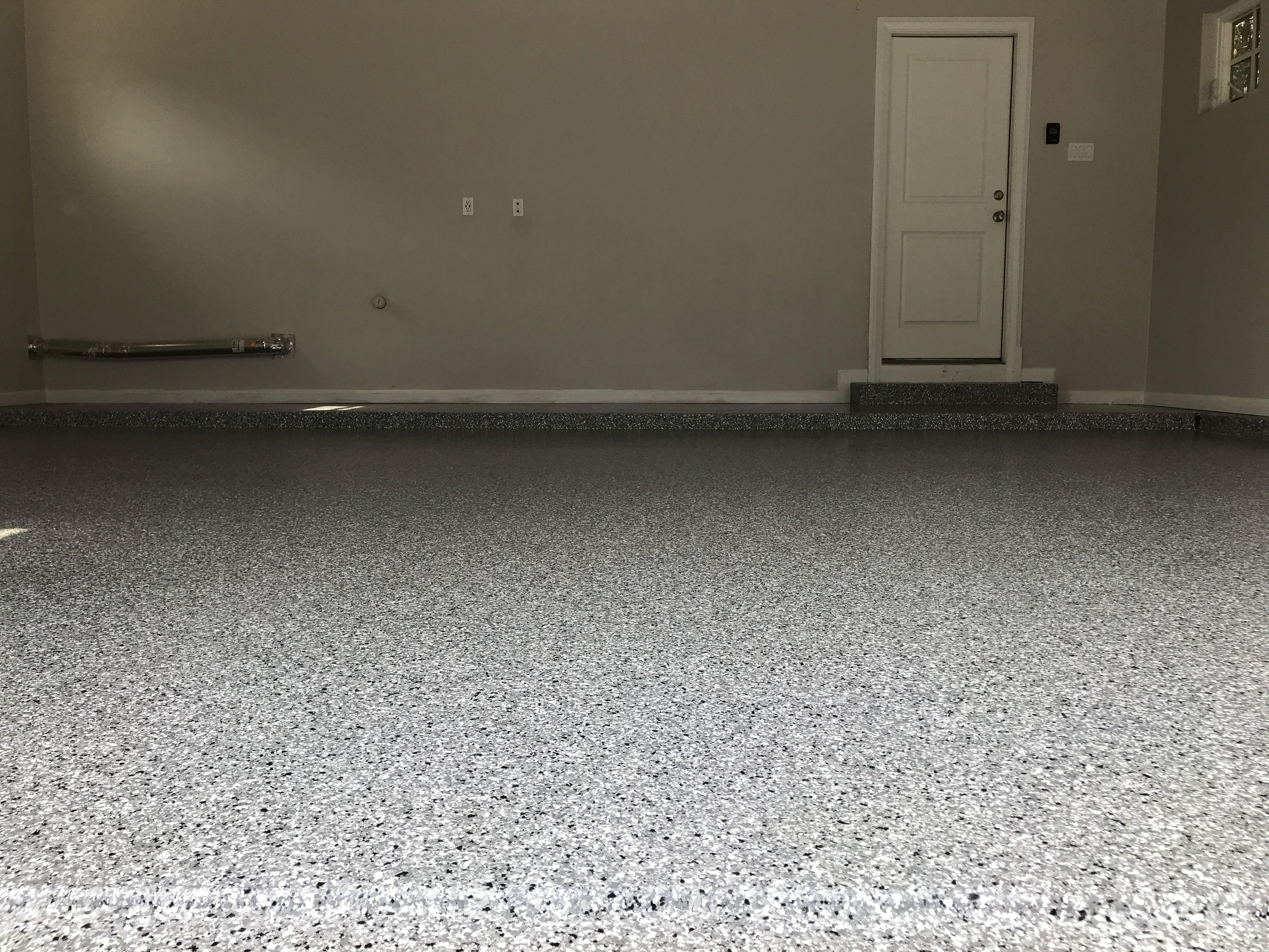 Classic Silver Spring Done In Dallas Texas Polyaspartic Floorpaint Garagefloor Flooring Contractor Garage Floor Coatings Garage Floor