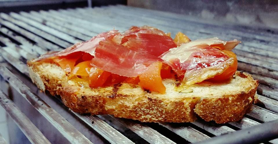 pane integrale a lievitazione naturale e cotto a brace, Culatello di Zibello dei fratelli Spigaroli