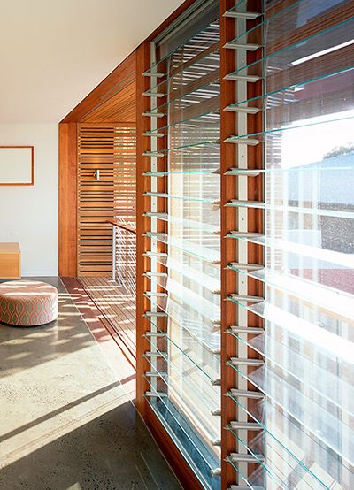 Altair louvres can be fitted with a number of aluminium for Fenetre louvre