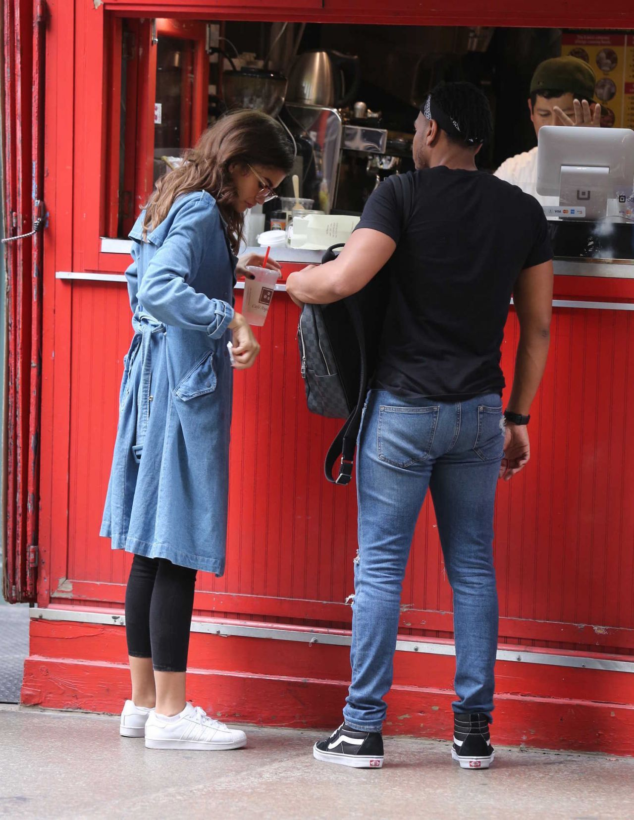 Zendaya Coleman Street Style – Shopping NYC 10/05/2017 #Shopping #Style #Zendaya #ZendayaColeman