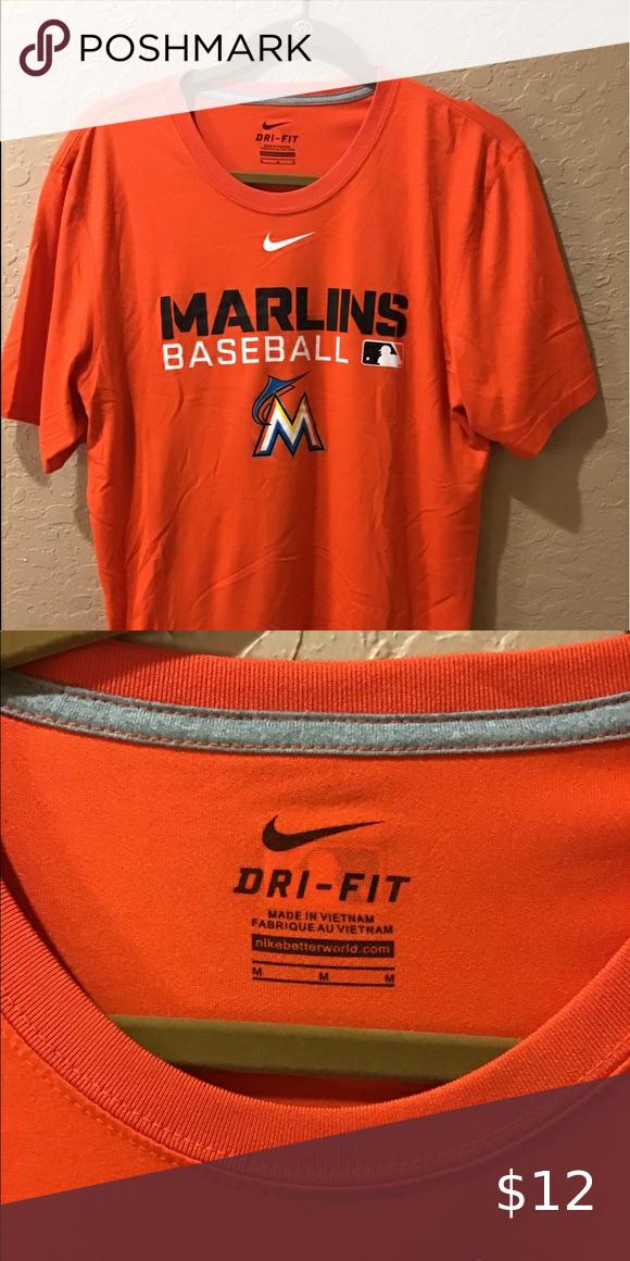 Farina diagonale costruzione navale  Men's Marlins T Shirt in 2020   T shirt, Shirts, Nike shirts