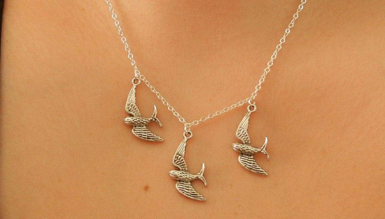 divergent bird tattoo necklace - HD1500×855