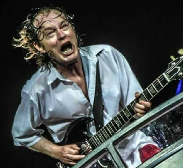 Angus Young - AC/DC | It\'s only rock and roll | Pinterest | Ac dc ...
