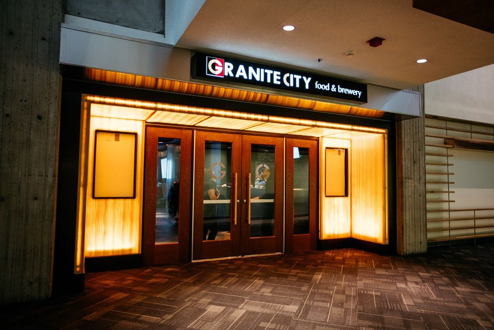Look Inside The Rencen S Gargantuan Granite City Food Brewery Granite City Granite Exterior Signage